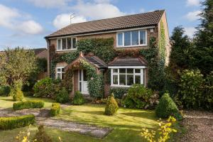 Spacious home in Haxby with a fairytale garden
