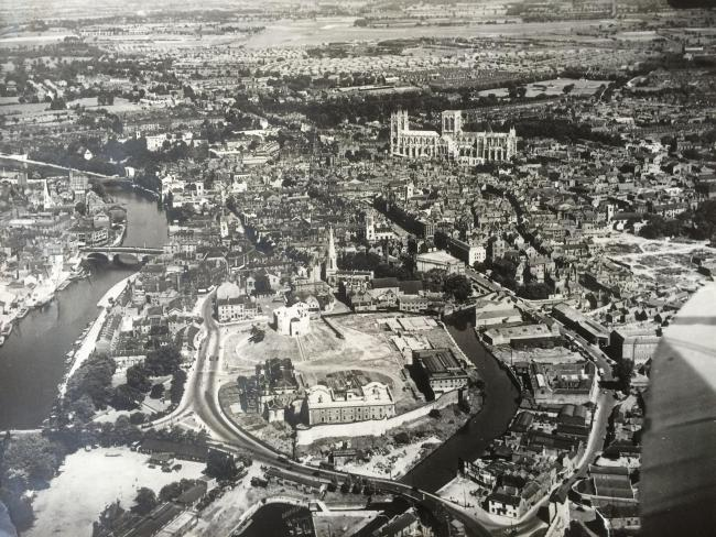 York from the air - in the 1940s...