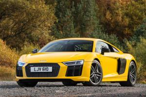 Review: Audi R8 V10 plus