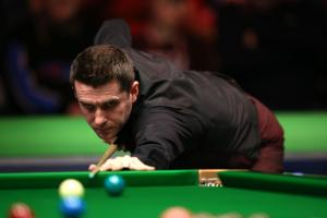 UK Championship: World number one Mark Selby scrapes through in final frame thriller with Jamie Jones