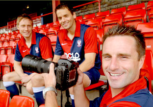 FULLY FOCUSED: Darren Kelly, right, gets a sharp shot of York City team-mates Danny Parslow, left, and Ben Purkiss.