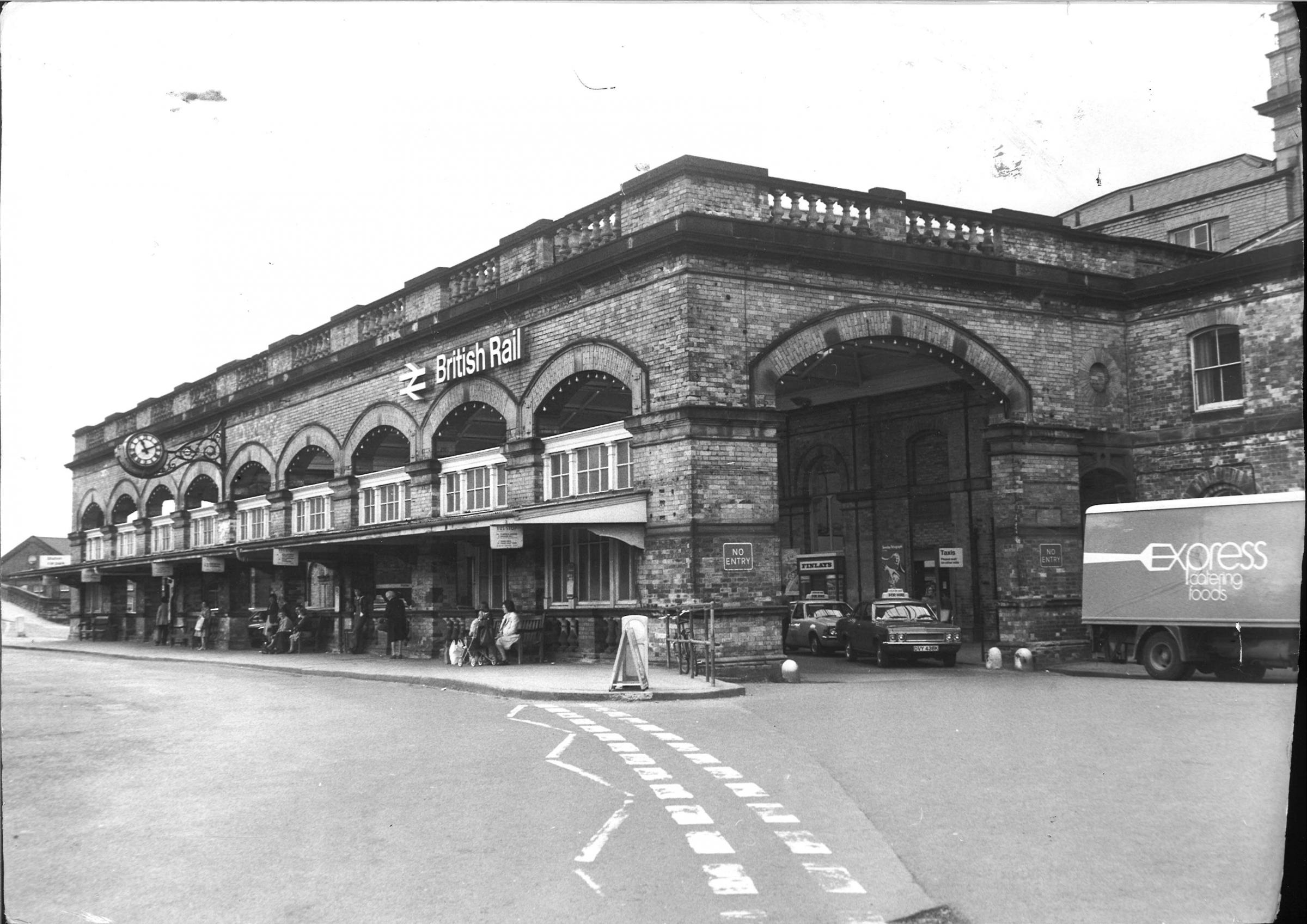 Photos of York Railway Station in years gone by