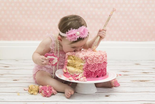 Strange Cake Smash Craze How Babies In York Can Have Their Cake And Eat Funny Birthday Cards Online Overcheapnameinfo
