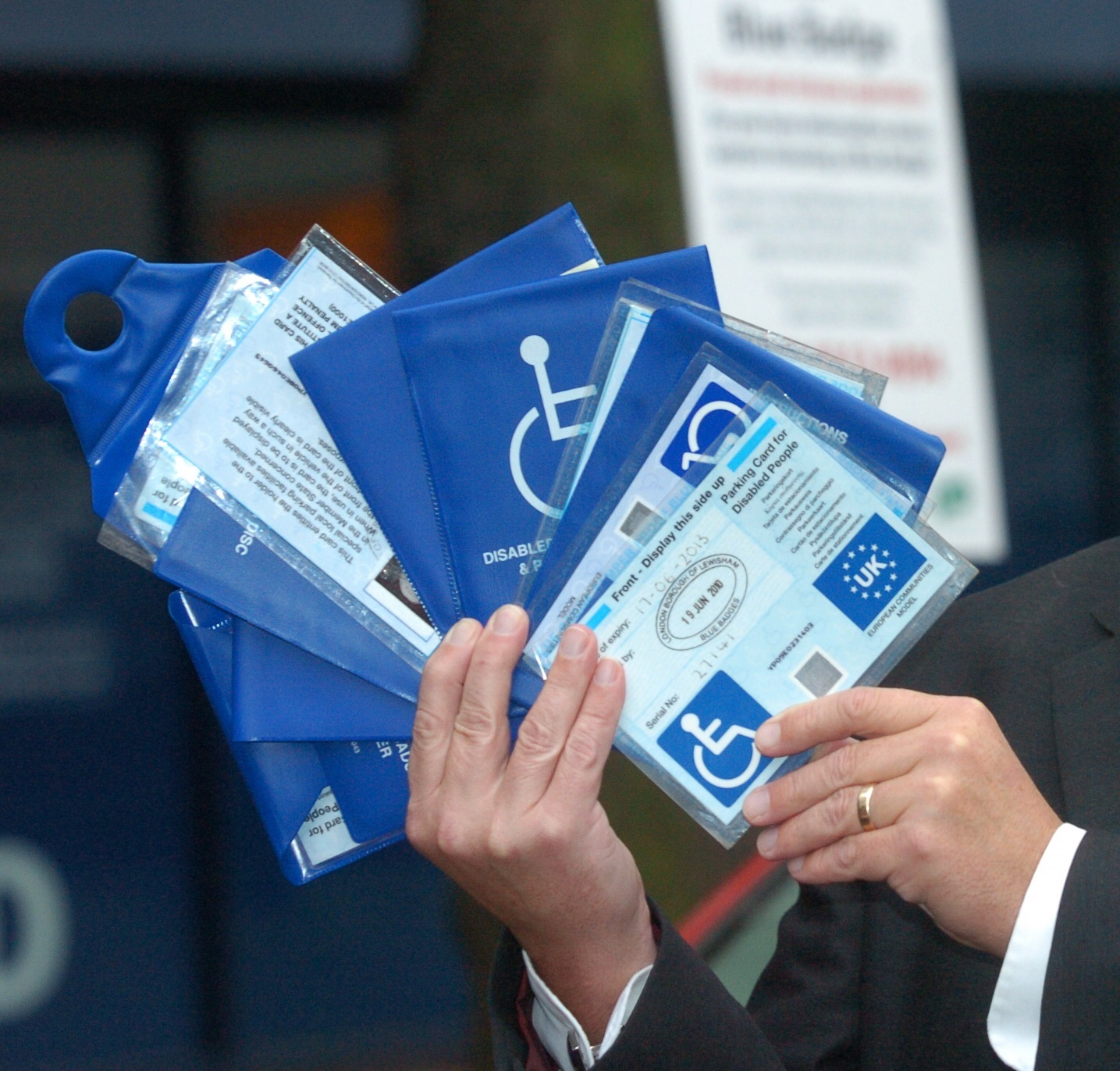 Disabled people's blue badges