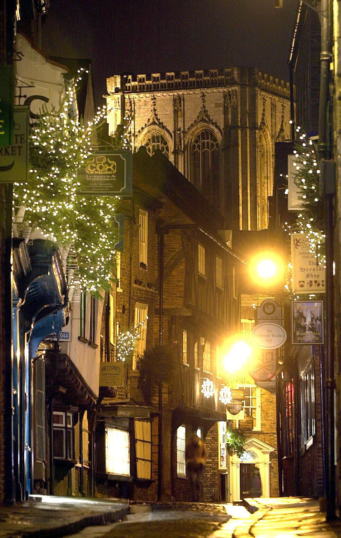 york weather. It\u0027s Set To Be A White Christmas In One York Street This Year - Regardless Of The Weather