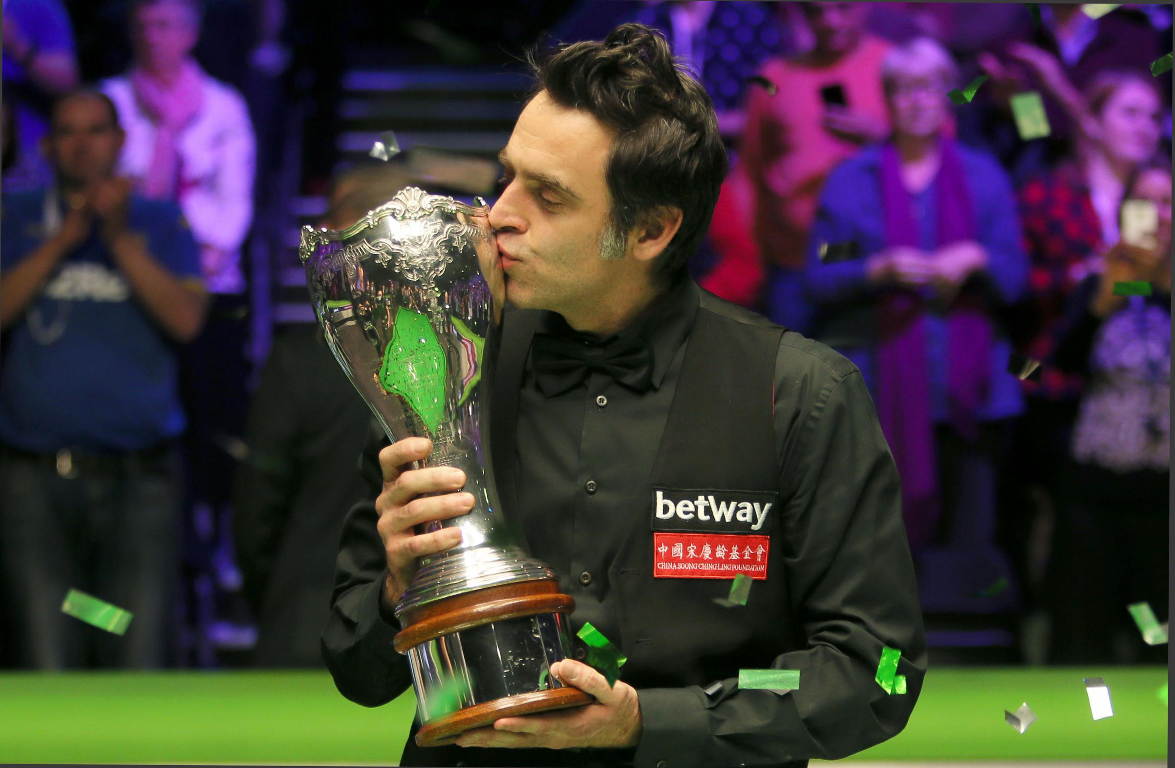 Ronnie O'Sullivan drew level in the snooker record books with Steve Davis and Stephen Hendry on a night to savour in York