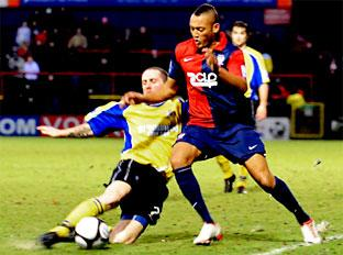 York City boss Martin Foyle is refusing to pay a transfer fee for Gainsborough Trinity loan star Adam Smith, right