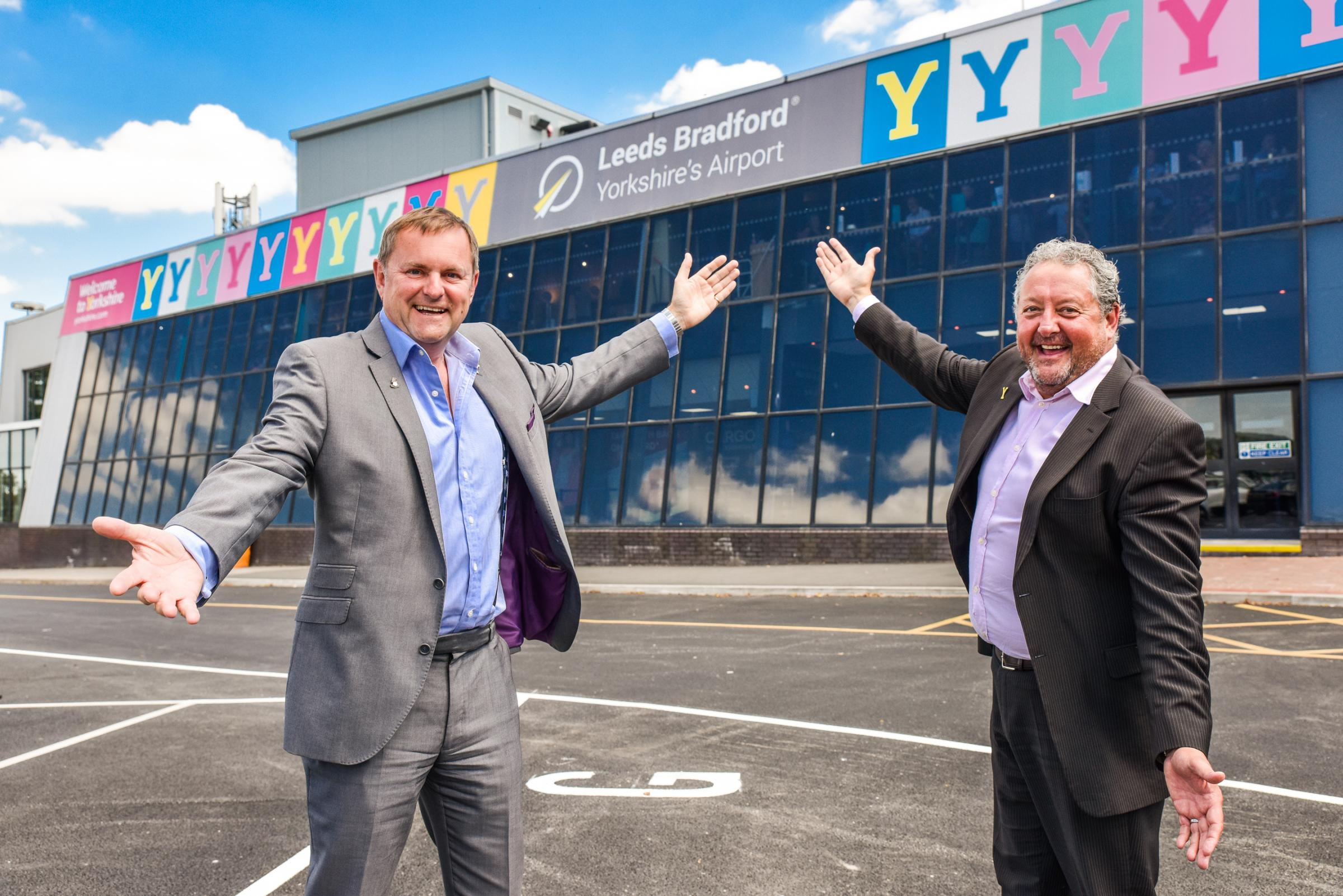 Welcome to Yorkshire's Gary Verity, left, and Leeds Bradford Airport chief executive David Laws