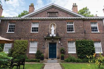 £1 million revamp for historic city hotel