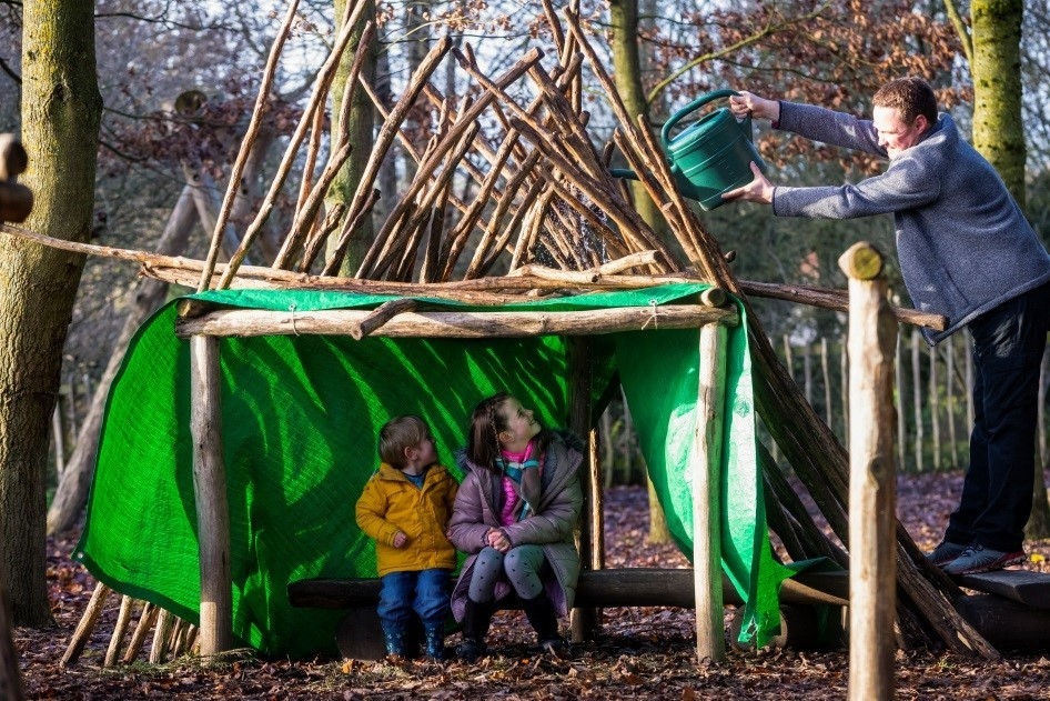 Build a den at Fountains Abbey this half term