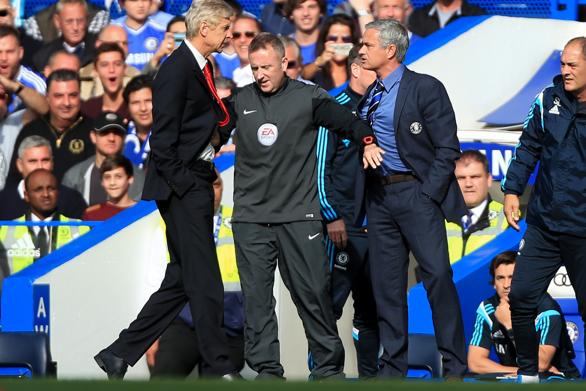 Arsene Wenger (left) and Jose Mourinho (right) had an often heated rivalry