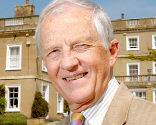 Dr Geoffrey Chapman, who is retiring after 16 years as headmaster of Queen Margaret's School - 963845