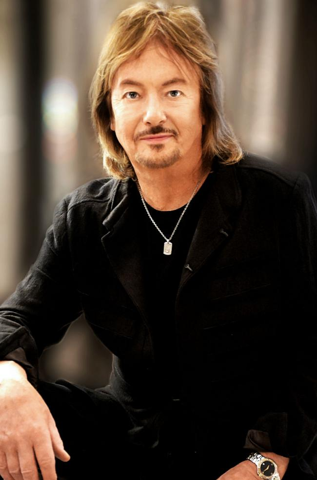 Enjoying the limelight: Chris Norman at York Barbican