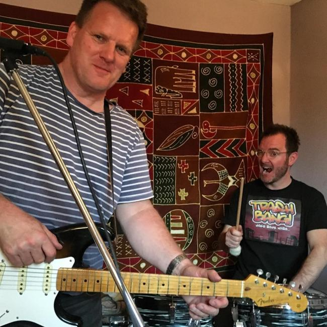 Back on the Chain Gang: Miles Salter, left, and Billy Hickling to play the Fulford Arms